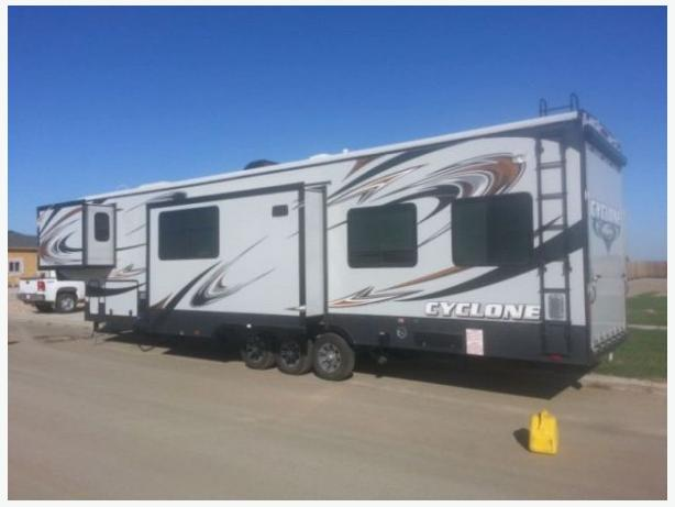 2014 Heartland Cyclone 4000hd Edition Trailer For Sale