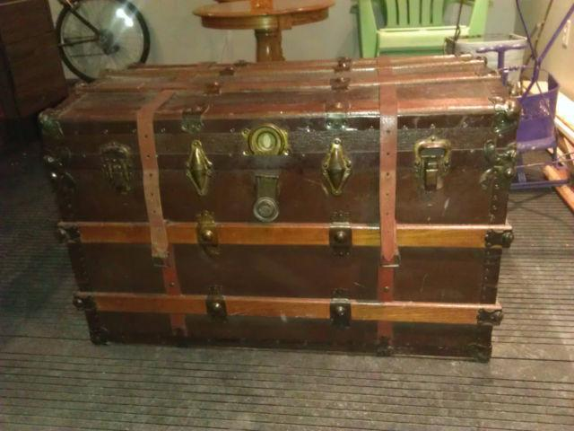 Antique steamer trunk late 1800s early 1900 outside ottawa for 100 taunton terrace oshawa