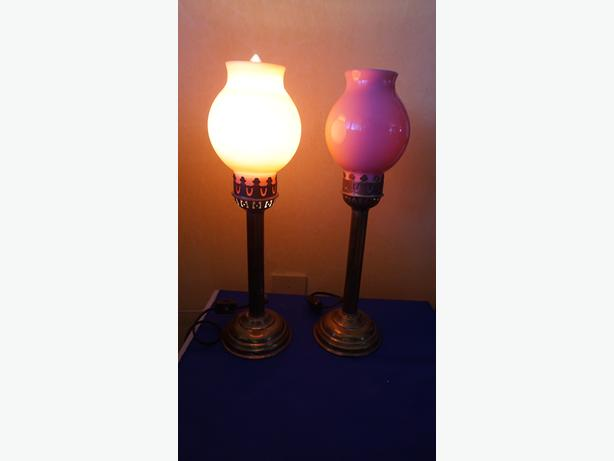 4U2C PAIR OF ANTIQUE STICK LAMPS WITH PINK HEAVY SHADES
