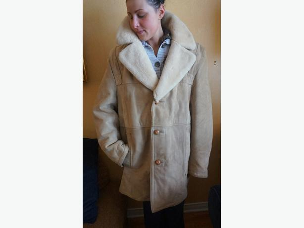 4U2C MENS LAMBSKIN COAT SHEARING COLLAR