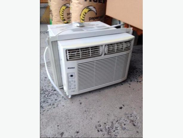 Sears kenmore 10 000 btu window air conditioner central for Window unit air conditioner malaysia