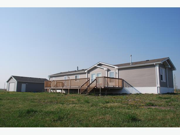 On 6 Acres -3 Bed, 2 Bath Home with Double Garage near Rowans Ravine