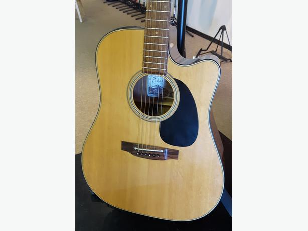Takamine EF340SC Acoustic Electric Guitar ** PRICE REDUCED **