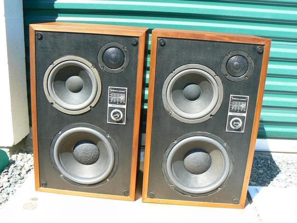 OPTIMUS REALISTIC 10 SPEAKERS  -- REFOAMED -- Nice