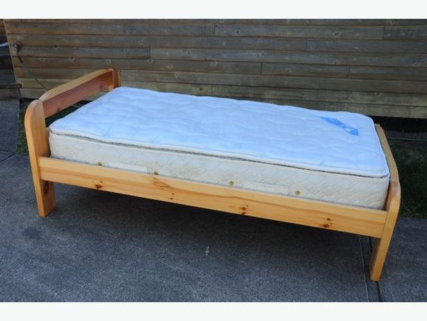 Single Twin Bed Frame And Serta Mattress Outside Nanaimo Nanaimo Mobile