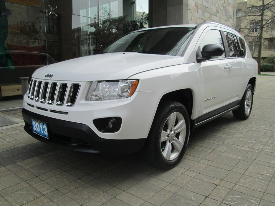 2013 jeep compass sport north edition 4wd on sale outside nanaimo nanaimo mobile. Black Bedroom Furniture Sets. Home Design Ideas