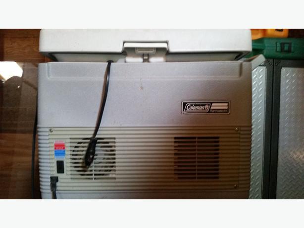 Plug In Cooler : Coleman plug in cooler cobble hill cowichan