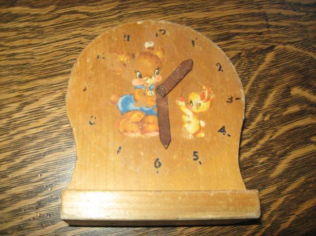 Handmade vintage tell-time clock