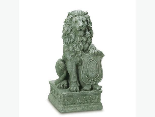 Faux Stone Guarding Lion Statue Ornament Brand New