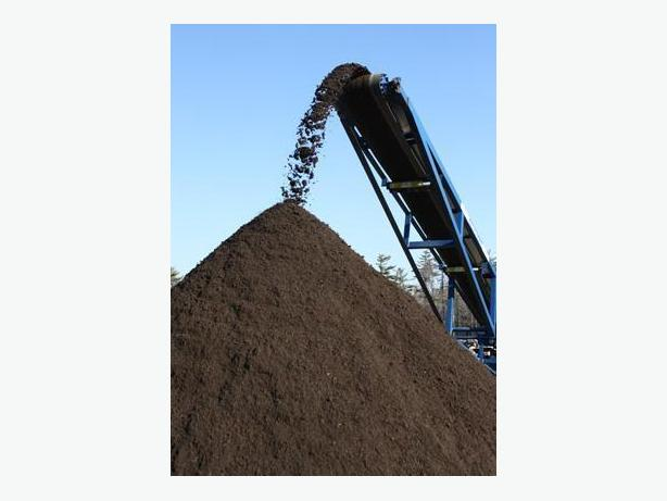 Black gold topsoil mix for sale east regina regina for Soil for sale