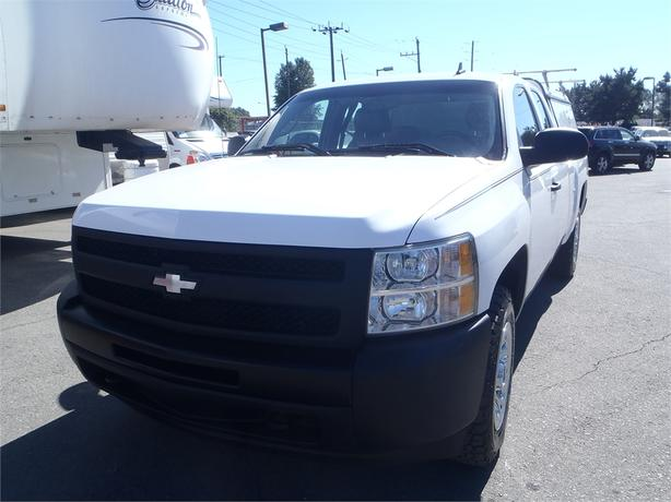 2011 Chevrolet Silverado 1500 Ext Cab 4wd With Canopy And