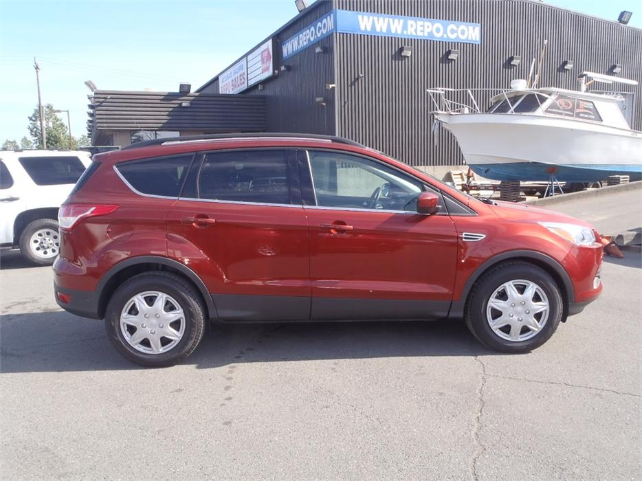 2015 ford escape se 4wd outside comox valley courtenay comox mobile. Black Bedroom Furniture Sets. Home Design Ideas
