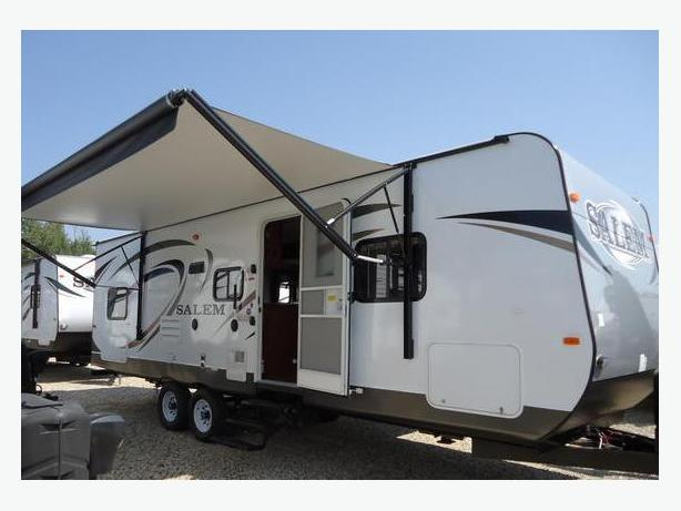 2015 Salem 27 39 Family Trailer C W Slide Out Outside Comox