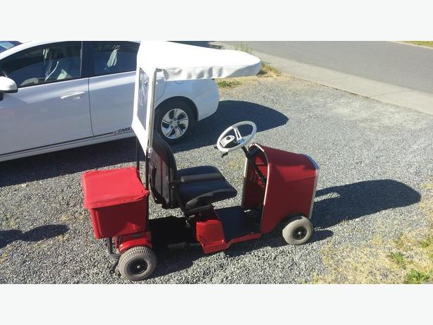CUSTOM MOBILITY SCOOTER