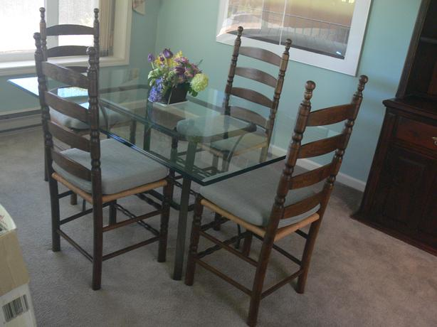 Glass dining table 6 high back chairs qualicum nanaimo for Dining room table 40 x 60