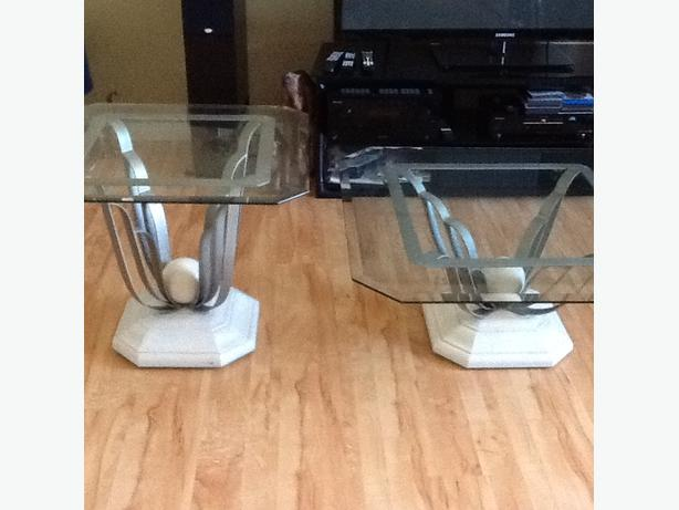 Designer glass coffee table set kelowna okanagan mobile for Coffee tables kelowna
