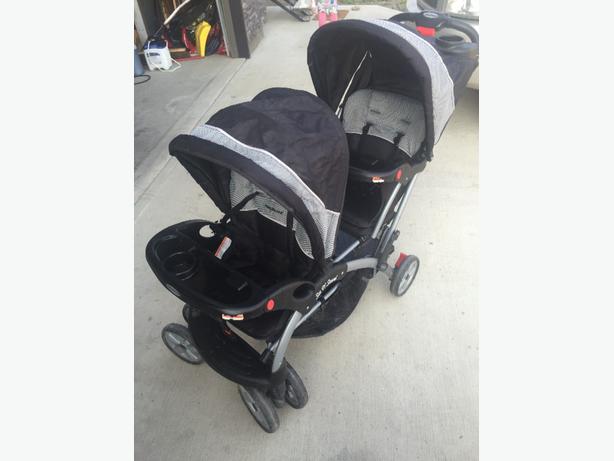 baby trend sit and stand double stroller rural regina regina. Black Bedroom Furniture Sets. Home Design Ideas