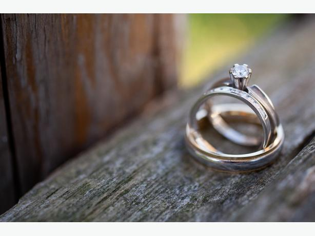 white gold engagement ring central
