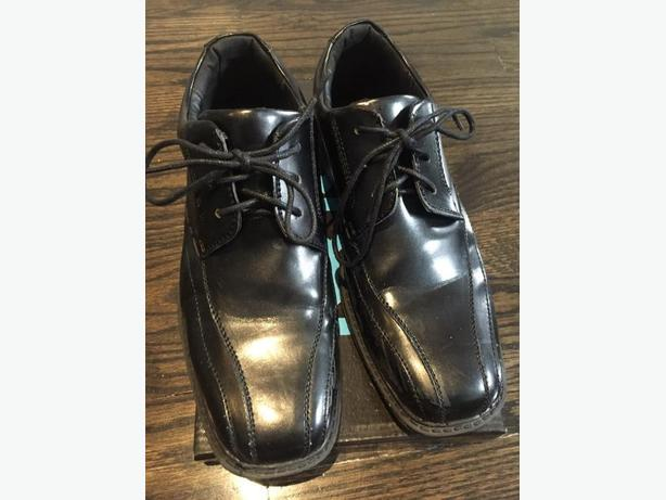 Dress Shoes size 5