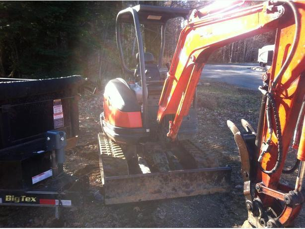 Mini Excavator and Dump Trailer for Hire Best rates in town