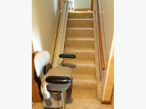 Bruno Sre 2750 Electra Ride Lt Stair Lift W Remote Control