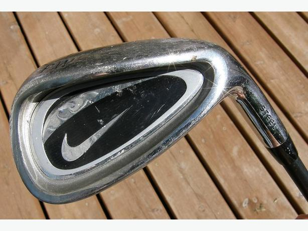 Junior NIKE Right Hand Pitching Wedge Golf Club VGC