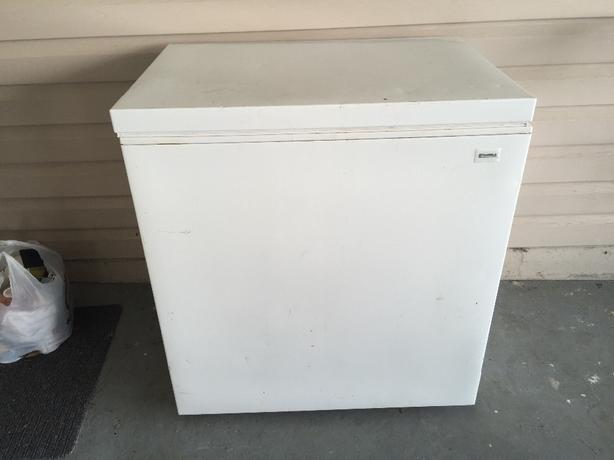 kenmore deep freezer. kenmore 5 cubic foot deep freezer kenmore