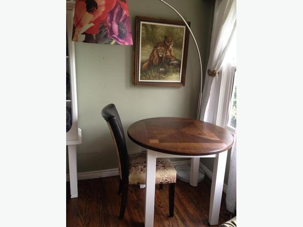 apartment size round dining table victoria city victoria