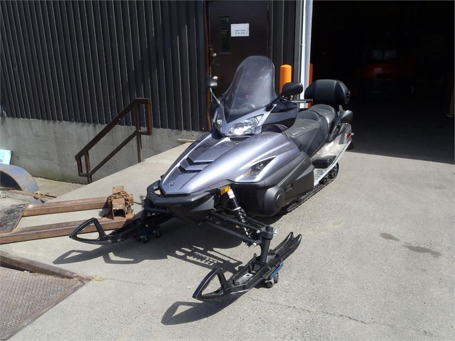 Best Used Yamaha  Stroke Snowmobile