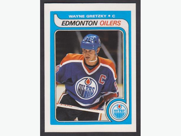 1992-93 O-Pee-Chee and 1999-2000 Topps Premier hockey cards