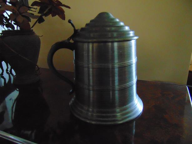 VINTAGE ALUMINUM BEER ICE BUCKET