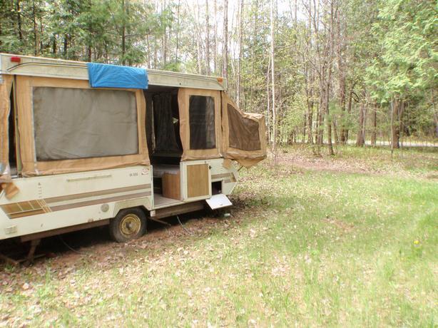 Bonair 12  camper