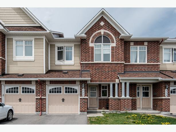 Stunning 3 bedroom townhome for rent in orleans orleans ottawa Master bedroom for rent guelph
