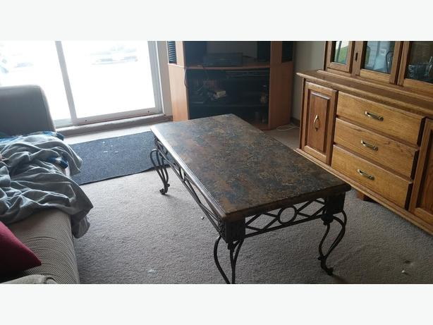 Coffee Table 2 End Tables St James Assiniboia Winnipeg