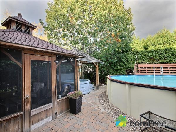 Beautiful Two Storey With Pool Hot Tub West Side Of