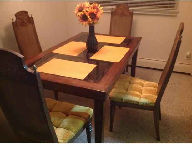 Glass top dining table and chairs parksville nanaimo for All glass dining room table