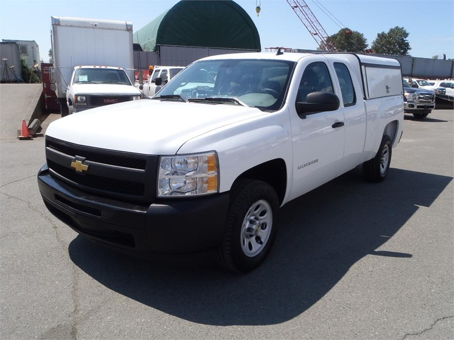 2011 chevrolet silverado 1500 extended cab short box 2wd with canopy outside comox valley. Black Bedroom Furniture Sets. Home Design Ideas