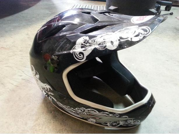 XL BELL Mens Mountain bike helmet