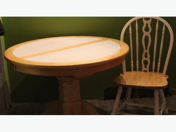 Hidden Leaf Kitchen Table 4 Chairs North Regina Regina