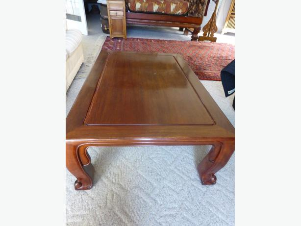 Rosewood coffee table from thailand peachland kelowna for Coffee tables kelowna
