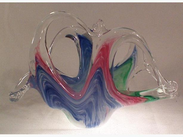 Murano glass tricolor basket