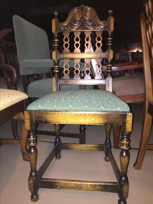 Quality used furniture hundreds of peices west shore for Q furniture abbotsford