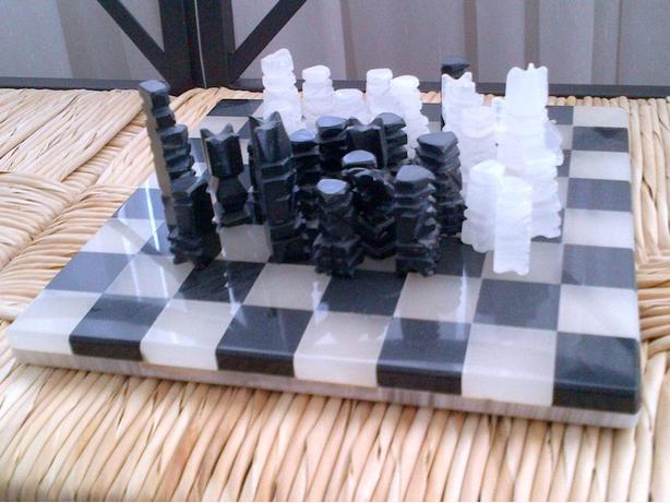 Marble CHESS Set 10x10 32 chess pieces