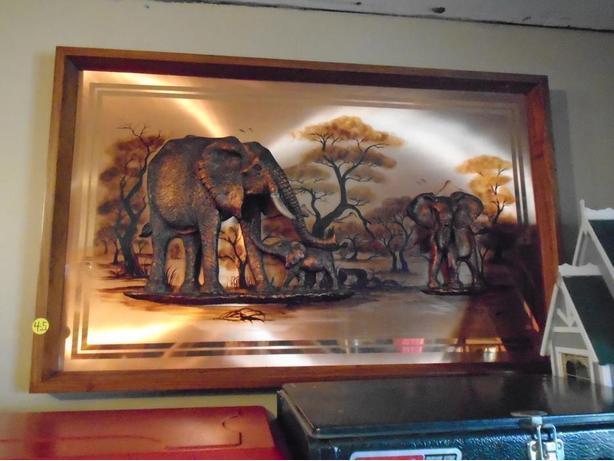 BEAUTIFUL ELEPHANT FRAME