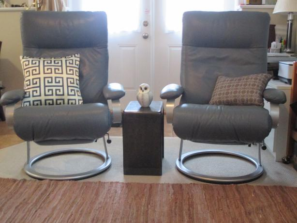 Two LAFER Kiri Leather Ergonomic Recliners & Two LAFER Kiri Leather Ergonomic Recliners Esquimalt u0026 View Royal ... islam-shia.org