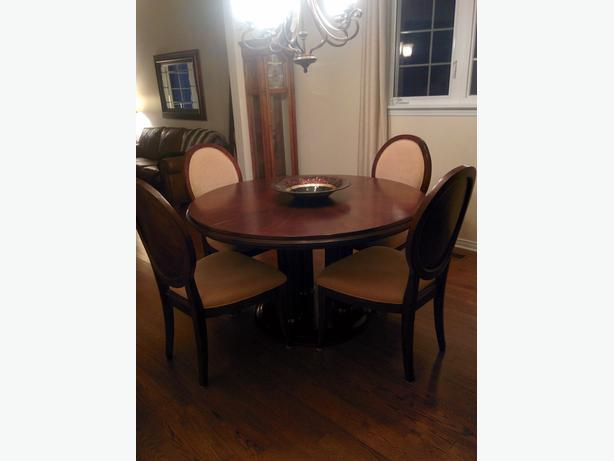 Dining Room Table and 6 Chairs Nepean Ottawa : 53138034614 from www.usedottawa.com size 614 x 461 jpeg 20kB