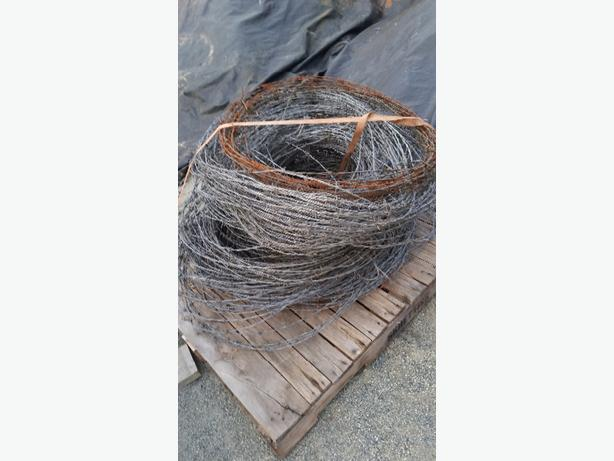 Barbed wire assorted length