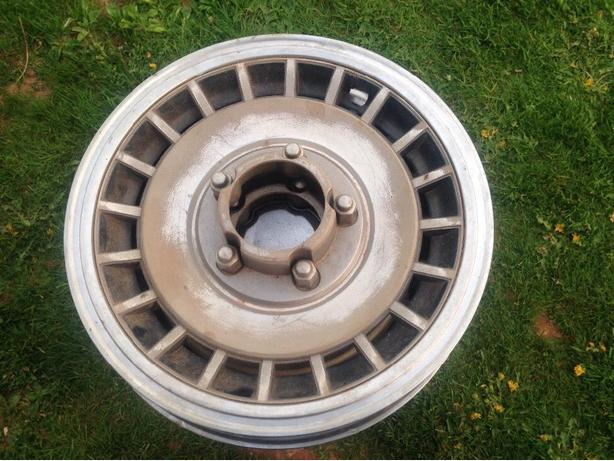 "15"" F-150 Vintage hubcaps 4X4"