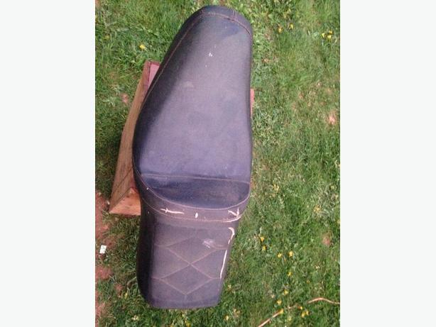 1983-86 Honda Shadow 500 VT500 Seat