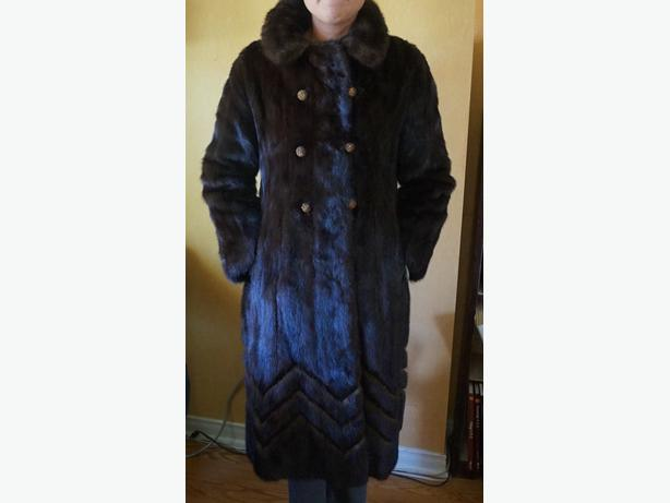 4u2c  VINTAGE DARK BROWN MINK COAT SIZE 5/6 or 7/8